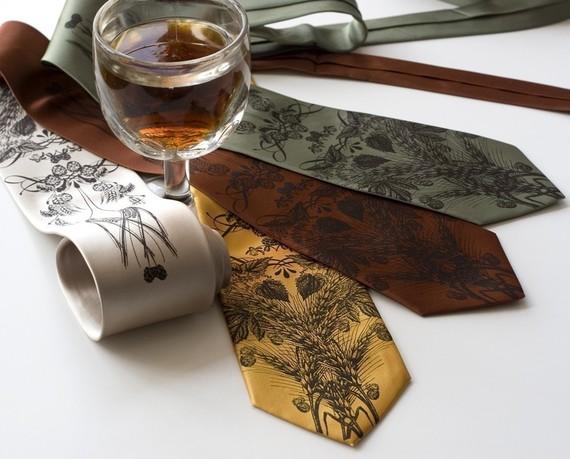 beer necktie from Cyberoptix | Craft Beer Lovers Gift Guide | Bottom Left of the Mitten