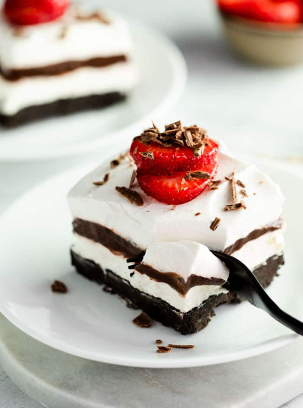 No Bake Oreo Delight from The Cozy Cook