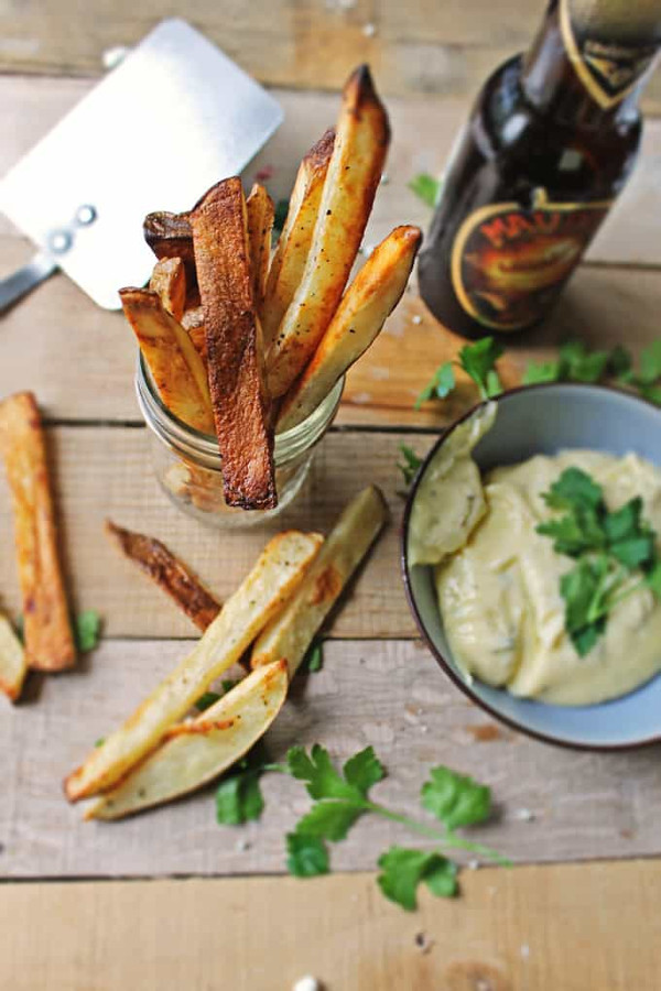 Beer marinated fries with thyme mayonnaise from Rhubarbarians for Appetizers with Ale