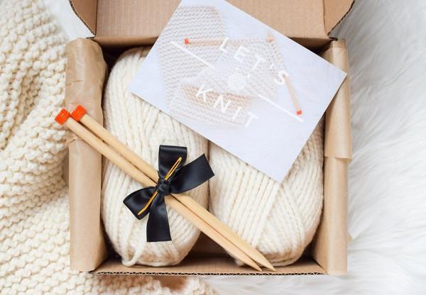 Beginner Knitting Kit from KniftyKnittings
